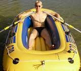 Patrick H. hat ein Schlauchboot mit Gewinn24.de gewonnen